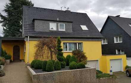 Repräsentatives freistehendes Einfamilienhaus in ruhiger und bevorzugter Wohnlage in Heiligenhaus