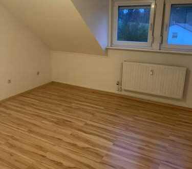 Teilmöbelierte Wohnung zu Vermieten
