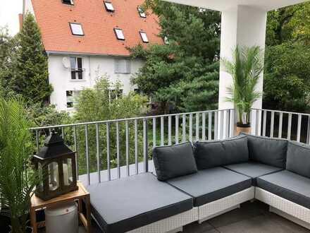 MITTENDRIN Wohnung in Sindelfingen , 5 Min. zur S-Bahn, mit Aufzug und Tiefgarage