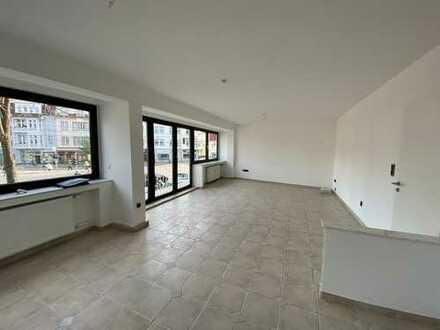 3-Zimmer-Wohnung im 1. OG mit EBK und Dachterrasse in absolut zentraler Wohnlage von Bonn-Beuel.