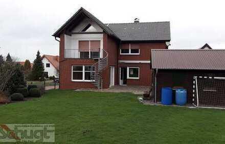 Einfamilienhaus mit Wohlfühlatmosphäre und großem Garten.