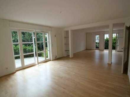 Attraktives Haus mit fünf Zimmern in Oberursel (Taunus), Oberursel (Taunus)