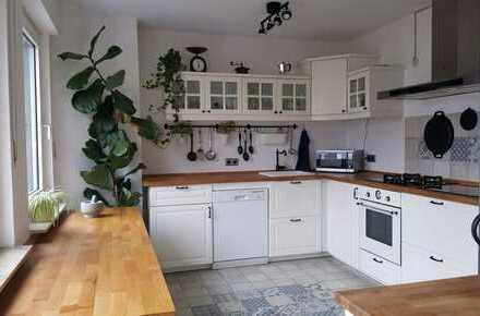 Freistehendes Einfamilienhaus * Südwestbalkon * Kamin * offene Küche