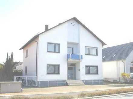 Wohn- und Geschäftshaus, ca. 1000 m² Grundstück! Bauvorbescheid für ein zweites Wohnhaus liegt vor!