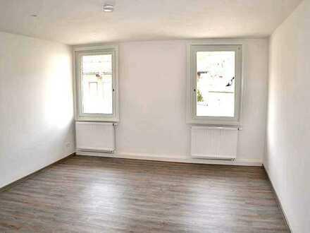 Moderne 3-Zi.-Wohnung mit toller Raumaufteilung in zentraler Lage von Neuenbürg