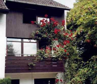 Doppelhaushälfte mit großzügigem Grundstück in Hamburg, Nienstedten