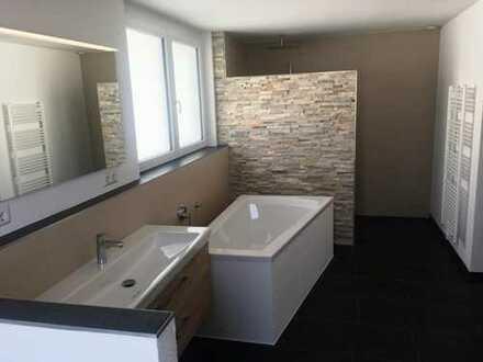 Lichtdurchflutete drei Zimmer Wohnung in Deizisau, Kreis Esslingen