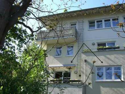 (19/6) Gut geschnittene großz. 69m²-2-Raum-Wohnung mit 10m²-Küche, 1.OG, verkehrsgünstig gelegen