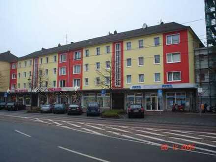 Schöne 3 Zimmer KDB mit Balkon im Herzen von Dinslaken