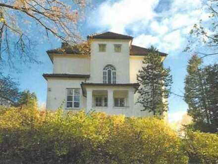 Reserviert:Festungsberg: PremiumVILLA von Coburg in Bestlage & Topzustand