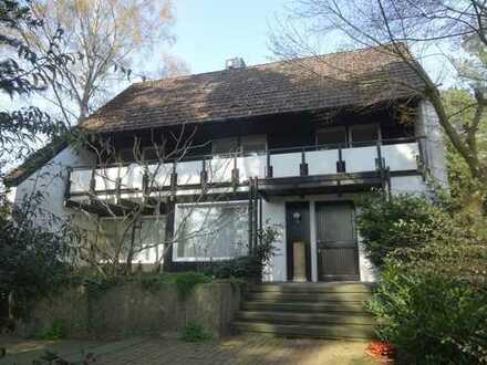 Freistehendes Einfamilienhaus mit Garage in Isernhagen-Süd