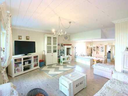 Haus in Haus mit eigenem Garten und Garage!