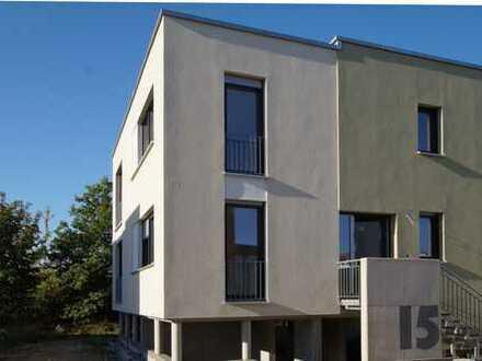 ERSTBEZUG IN LAUBEGAST im April 2020: Einfamilienhaus mit Terrasse in Südlage!