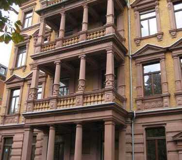 WOHNJUWEL! Traumhafte 3-ZKB in historischer Altbauvilla in bester Wiesbadener Lage n. HBF