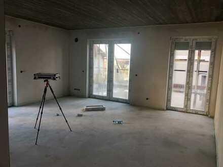 Erstbezug mit EBK und Balkon: attraktive 3-Zimmer-Wohnung in Gundelfingen