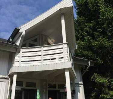 , gepflegte 3-Zimmer-Wohnung mit Balkon und Einbauküche in hamburg