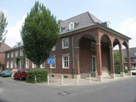 3-Zimmer-Wohnung im Erdgeschoss in Düren-Ost mit Mietergarten