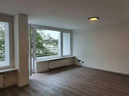 Renovierte Zweizimmer-Wohnung zum Erstbezug in Erlangen