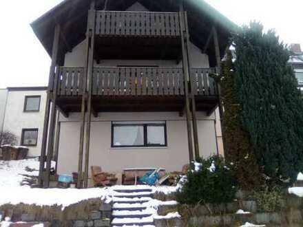 Familienfreundliche 6-Zimmer-Maisonette-Wohnung m. Garten +++ Traumblick über Marktredwitz