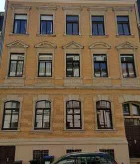 Gemütliche 2-Zimmer-Wohnung mit Fußbodenheizung und Wanne zentrumsnah in Plauen