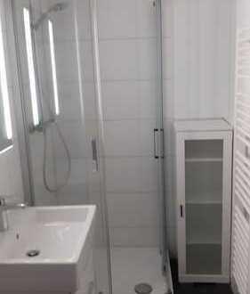 Ruhige, freundliche 2-Zimmer-Einliegerwohnung in einem Einfamilienhaus in Ffm-Heddernheim