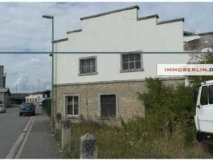IMMOBERLIN: 104,- €/m2! Gewerbe-/Baugrundstück mit Bestandsgebäude beim Regionalbahnhof