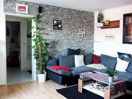 Dachgeschoss Wohnung mit Blick auf Grünanlage