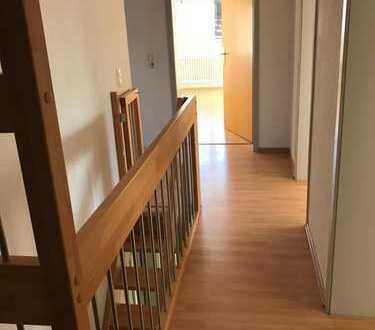 möbliertes, helles Zimmer ab sofort in schöner Maisonett- Wohnung in Filderstadt- Bonlanden