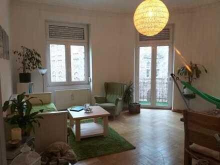 Wunderschöne 3-Zimmer-Altbauwohnung mit Balkon direkt am Gutenbergplatz