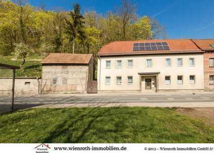 Geräumiges Einfamilienhaus mit großem Grundstück