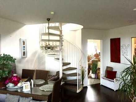 Gepflegte 4-Zimmer-Maisonette-Wohnung mit Balkon in bevorzugter Wohnlage in Hilden-Süd