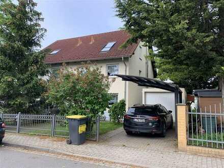 Doppelhaushälfte zum Verlieben! Garten, Balkon, Parkett, Kamin, EBK, Garage, u.v.m.