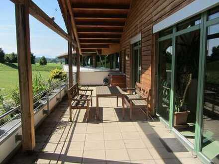 Herrliche große 3-Zi-Whg. mit riesiger Terrasse und Ausblick