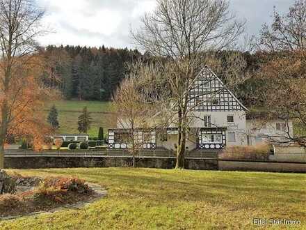 Umsatzstarkes und renoviertes Hotel mit 36 Betten und Eigentümerwohnung im Herzen vom Sauerland