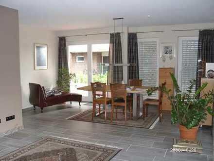 Ansprechende, gepflegte 4-Zimmer-Erdgeschosswohnung mit luxuriöser Innenausstattung in Ahaus