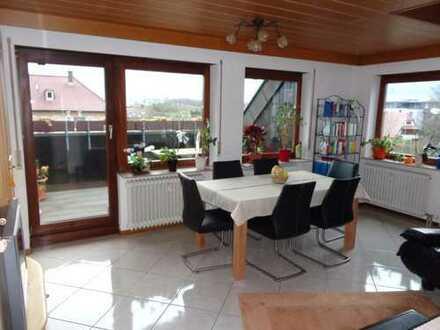 Schöne drei Zimmer Maisonettewohnung in Rems-Murr-Kreis, Fellbach