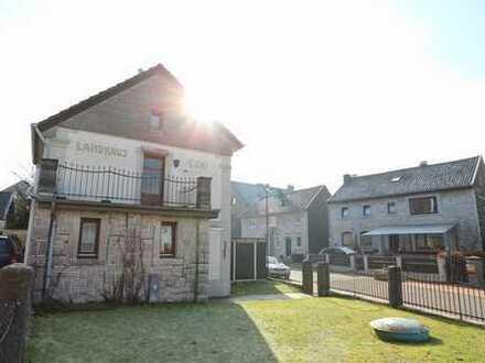 Knuffiges Bruchsteinhäuschen in Schmithof mit kl. Garten und ca. 50 m² Wohnfläche zu vermieten