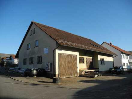 Haus mit viel Ausbaupotential und vielfältigen Nutzungsmöglichkeiten!