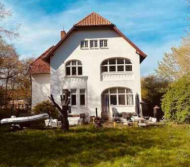 Neustadt/Ostsee* Courtage 3,25 %- Etwas Besonderes - Stilvolle Villa - 12 Zimmer