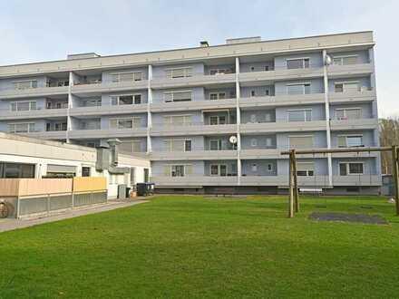 Vollständig renovierte Wohnung mit einem Zimmer sowie Balkon und EBK in Rosenheim