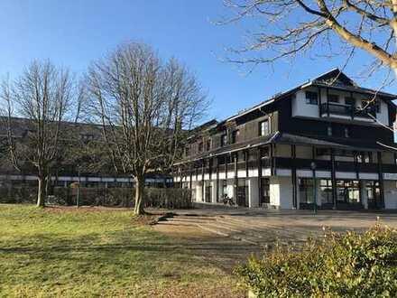 Großzügige Wohnung mit Galerie und 2 Balkonen in schöner Wohnanlage von Bonn-Röttgen!