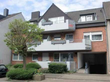 Moderne 3 Zimmer Wohnung 79 qm in ruhigen 10 Familien Haus