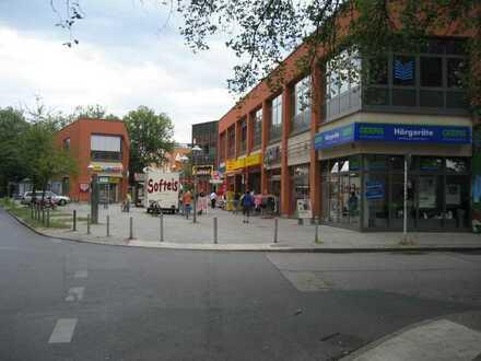 Berlin-Pankow (Ortsteil Buch)! Frequentiertes Nahversorgungszentrum!