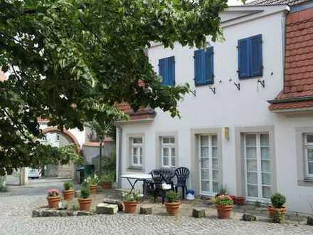 Altmockritz - Wohnen im Grünen, Arbeiten in der Stadt - kleines Haus mit 2-Zimmern+Terrasse+Balkon