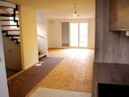 Schönes neues Reihen-Eckhaus mit fünf Zimmern in Weilheim an der Teck Kreis ES
