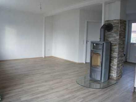 Top sanierte Doppelhaushälfte (3-Zimmer) mit Einbauküche in Lensahn-Sipsdorf