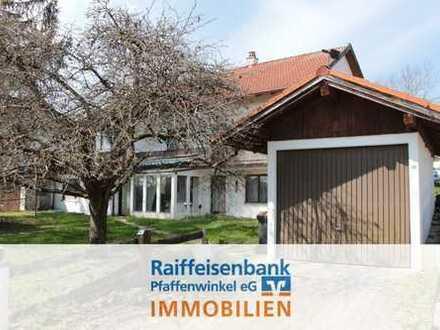 Sachsenried: Zweifamilienhaus mit 3 Garagen!