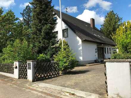 Große Erdgeschosswohnung mit sonnigem Garten in Welden-Reutern zu vermieten