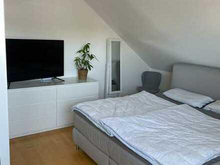 Ansprechende 3-Zimmer-DG-Wohnung mit Balkon und Einbauküche in Ochsenhausen