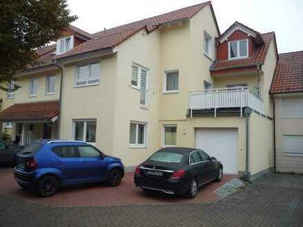 Gepflegte 3-Zimmer-Wohnung mit Balkon und Einbauküche in Friedrichsdorf